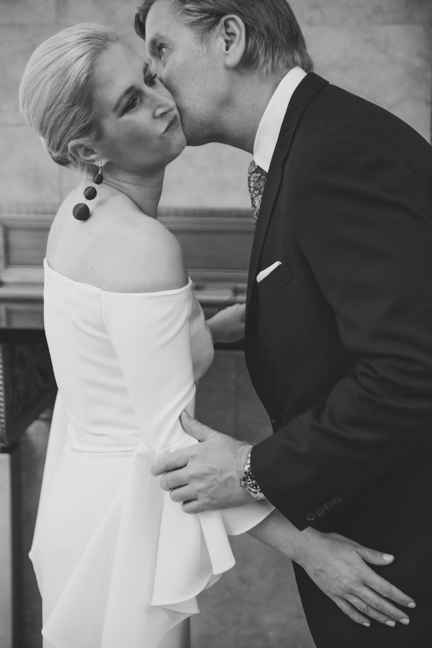 Sweet City Hall Elopement | Ashley and Blake