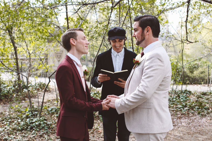 Gay wedding in Central Park